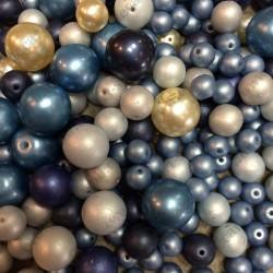 Бусины стеклянные микс голубой 10гр (15-20шт)