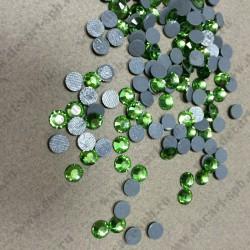 Стразы клеевые 6,5мм стекло 10шт зеленые