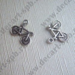"Подвеска ""велосипед"" 13х16 ант серебро"
