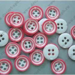Пуговица белая с розовыми кругами 10мм на 4 прокола