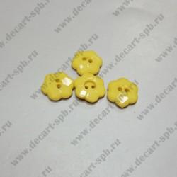 Пуговица цветок 15 мм желтая