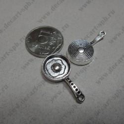 Сковородка с яичницей 16х30мм цвет - серебро