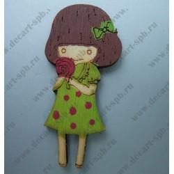 Деревянная девочка в зеленом платьице 3х5,8 см