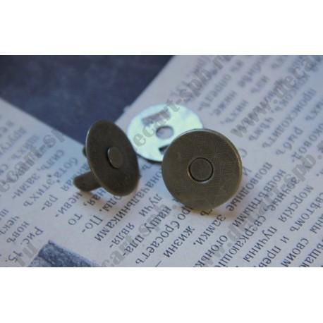 Кнопка магнитная 18мм, латунь